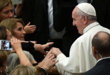 Papa a la Asociación Santa Cecilia: la música crea puentes y eleva hacia Dios
