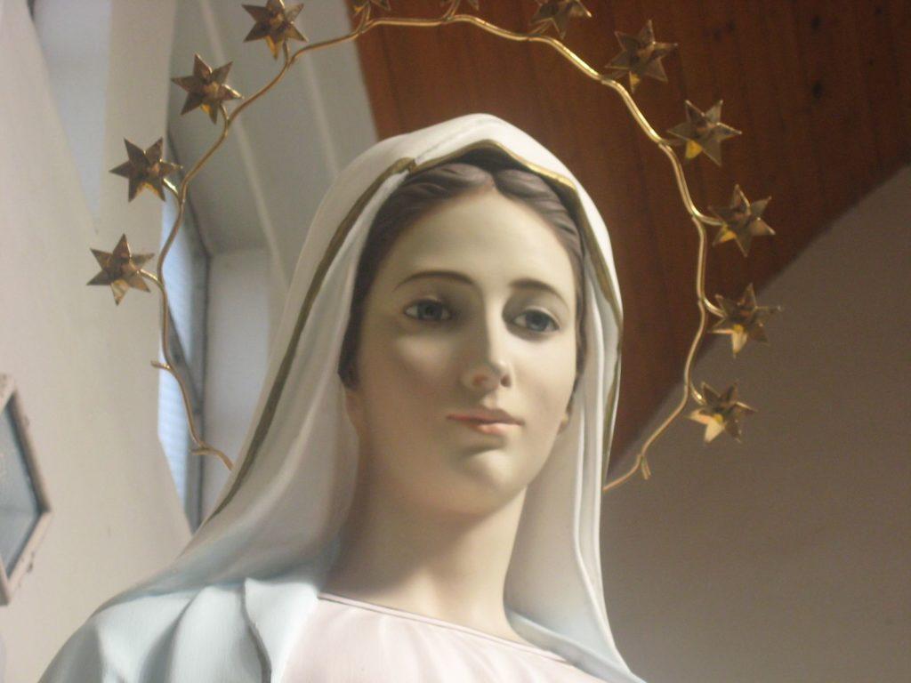 Medjugorje, Consagración a la Virgen. Reza hoy