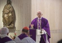 Papa Francisco leve indisposición. El Papa continúa su actividad en el Vaticano2