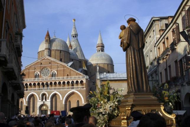 San Antonio de Padua - El Santo del día (13 de Junio)