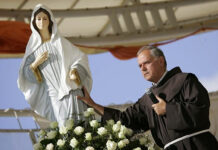 Medjugorje: Juan Pablo II y el Padre Jozo
