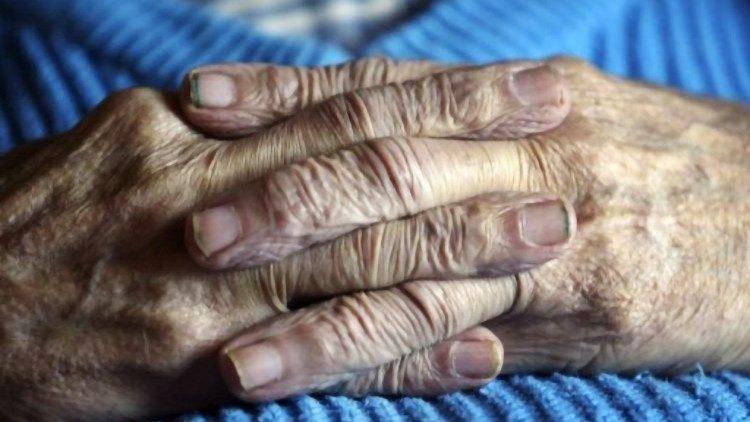 Iglesia: 'La eutanasia es un crimen contra la vida...' (Vatican Media)